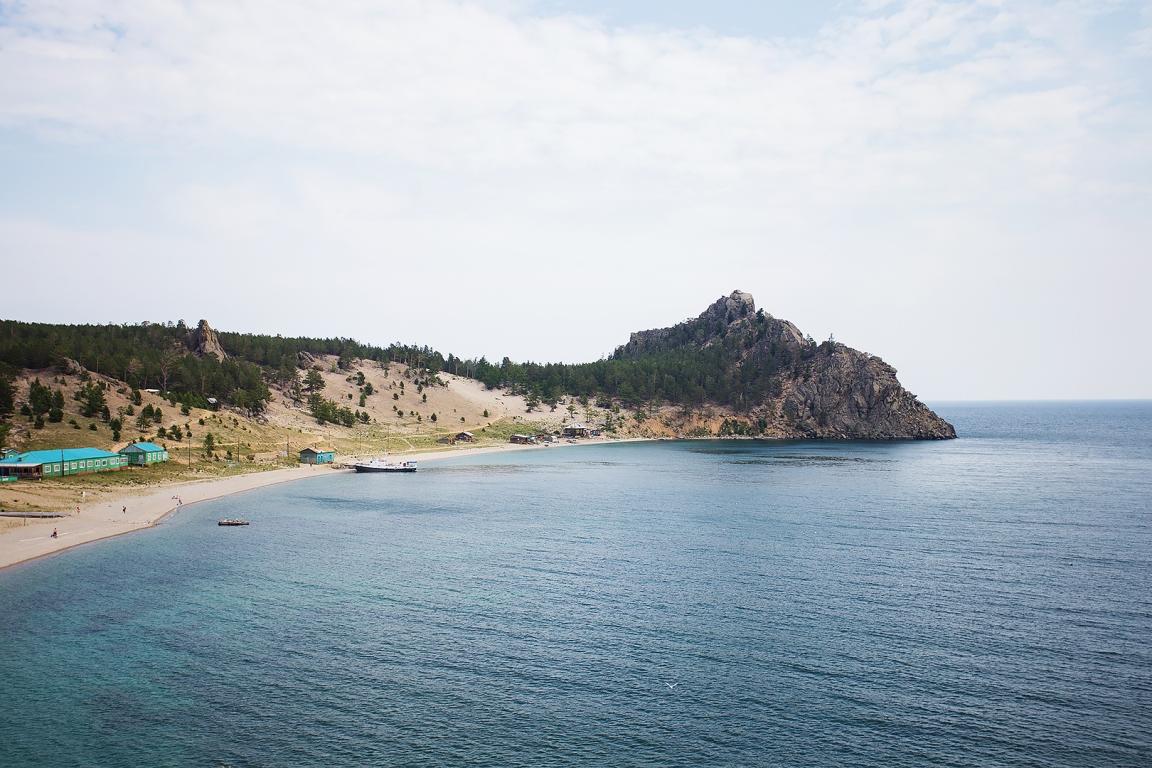 бухту Академическая, Центр отдыха «Байкальские Дюны»